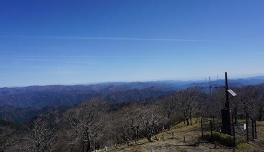 日出ヶ岳山頂東側